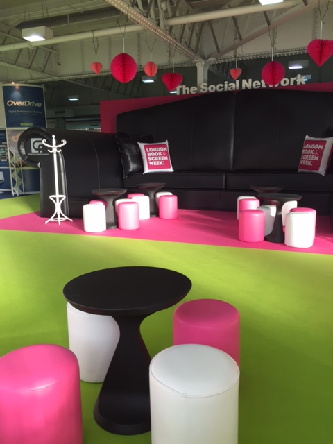 Bisou Table Hire