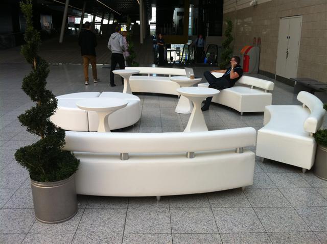 sibos-sofa-hire